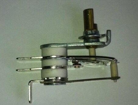 Thermostat de réglage de température d'un radiateur bain d'huile