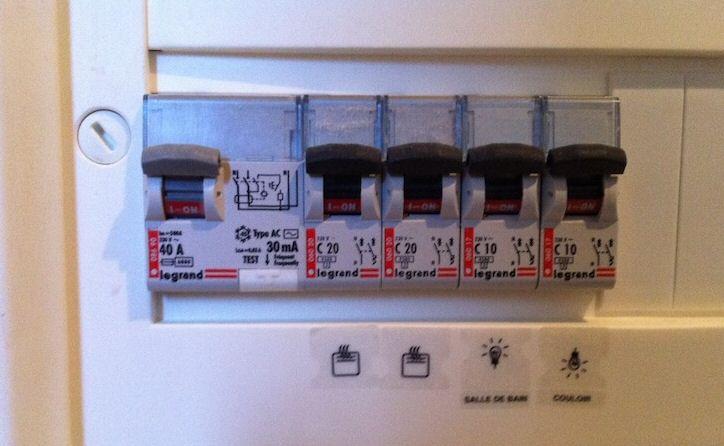 aide branchements radiators atlantic et centrale th 134. Black Bedroom Furniture Sets. Home Design Ideas