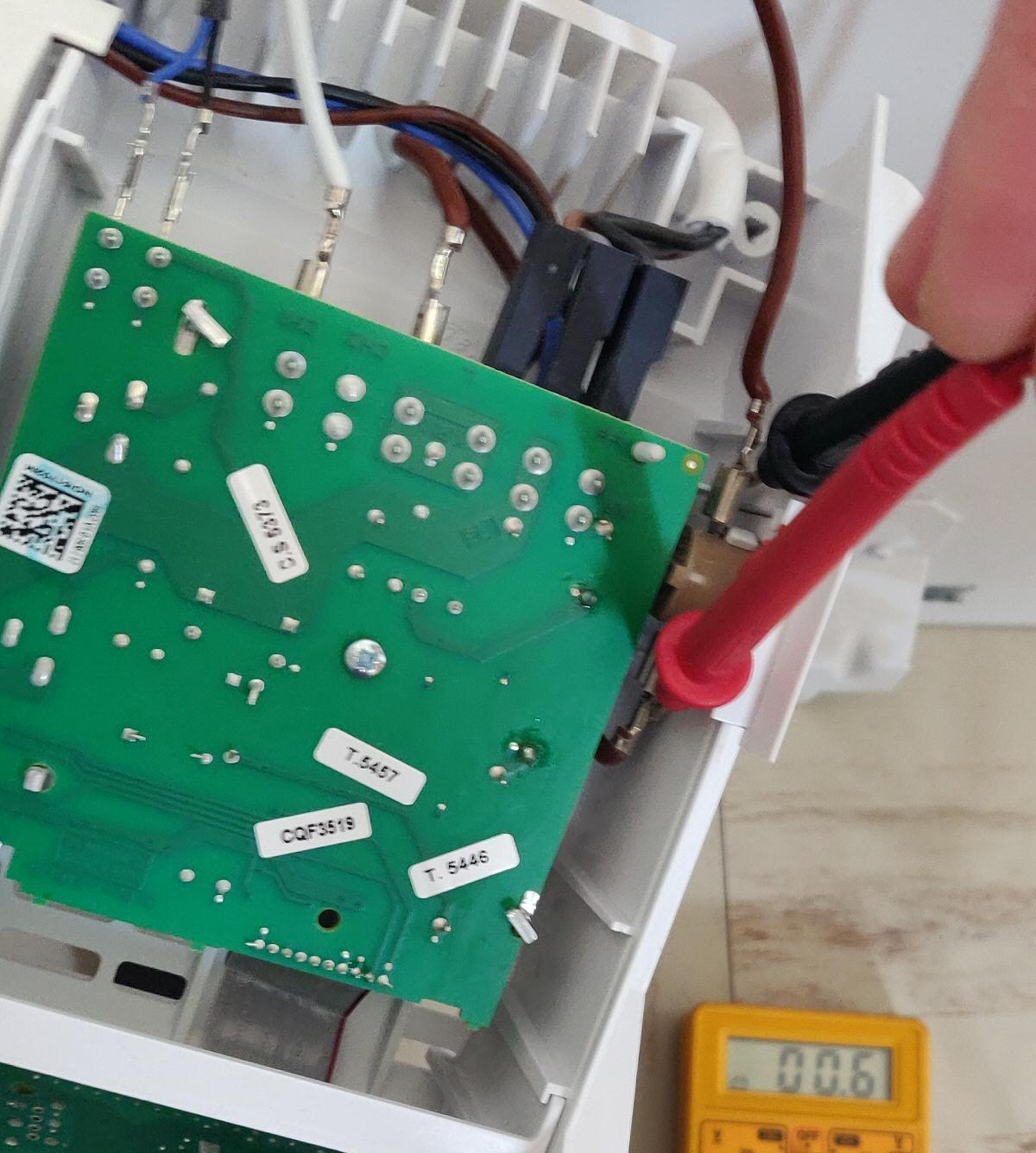 Carte électronique à réparer